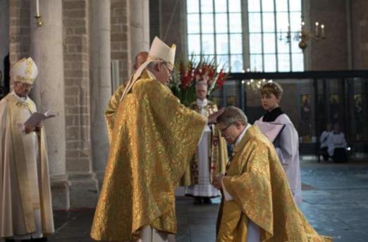 Consagración del nuevo Arzobispo de Utrecht